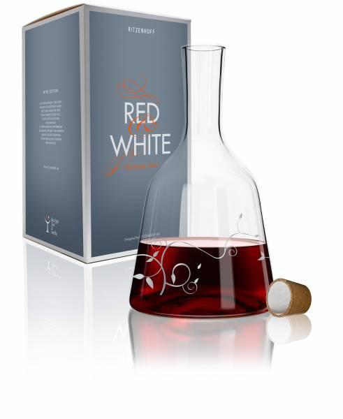 Red & White Weinkaraffe von Liana Cavallaro