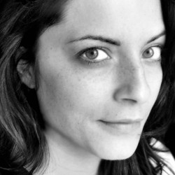 Roberta Tinelli: Designerin in Lamezia Terme, Italien