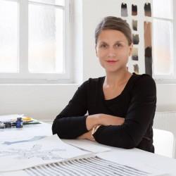 Lenka Kühnertová: Designerin in Stuttgart, Deutschland